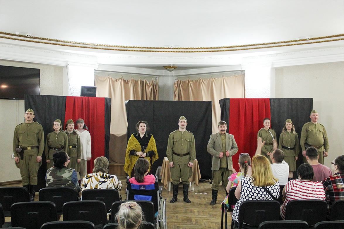 К Дню великой Победы театральное служение церкви поставило тематический спектакль